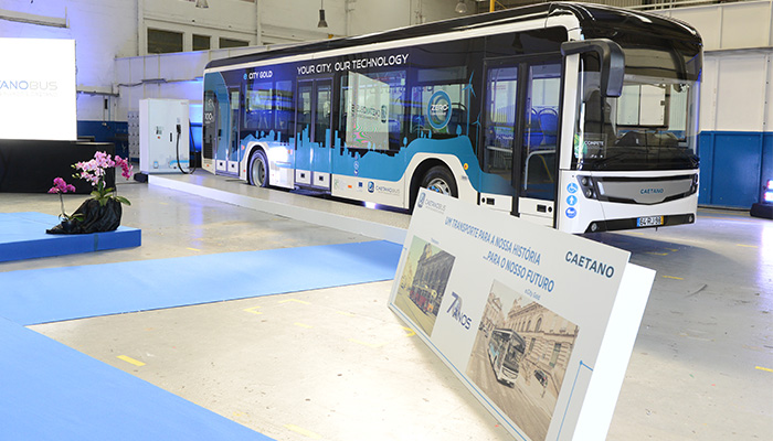 CaetanoBus presents the new 100% electric city bus - a green solution for Cities