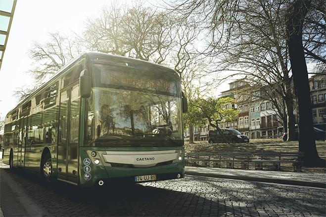 Primeiro autocarro elétrico CAETANO